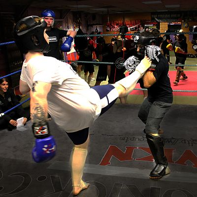Ben Land a front kick in ProKick sparring