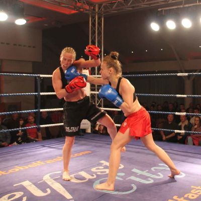 Cathy take a right hand Punched from Polish champion Ciaskowska