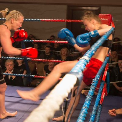 Cathy Rocks Polish Fighter Ciaskowska at the Stormont Hotel
