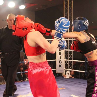 Rowena Lands a Left jab to Kerry Doyle doing the WKN irish title fight