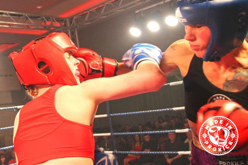 Rowena Lands a Right Hand against Doyle in their Irish title fight