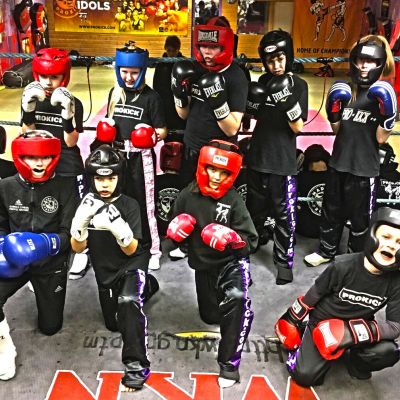 Week 3 of the new Kids Sparring and the new starts have a little Ring-Time